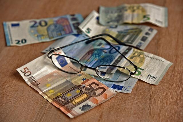 brýle na bankovkách.jpg